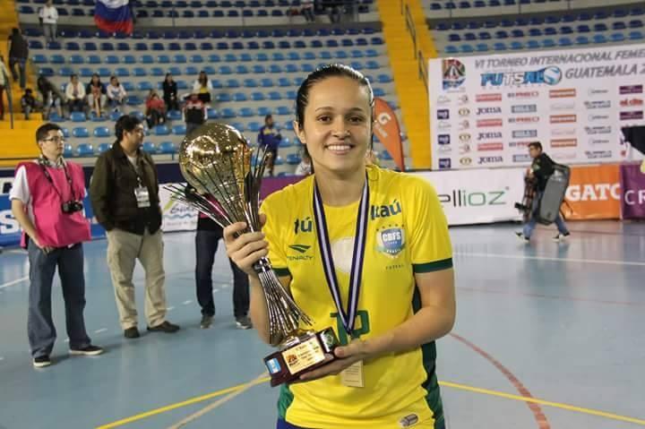 Jessika Manieri alla Futsal Salinis