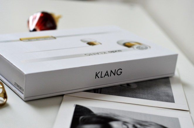 Sudio Klang White Earphones Review, Lady Goldapple