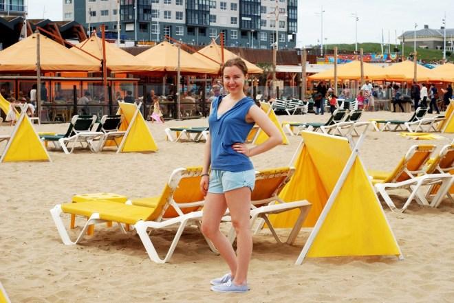 LingaDore pyjamas to the beach