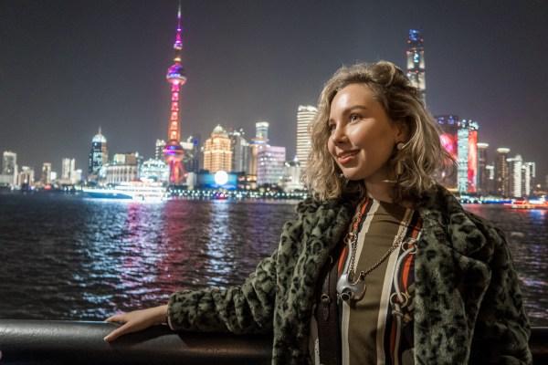 CIIE trade market in China, karaoke en dumplings.