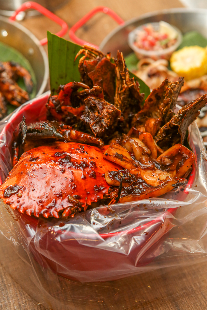 CAJUN ON WHEELS CHARCOAL GRILLED SEAFOOD BUCKET