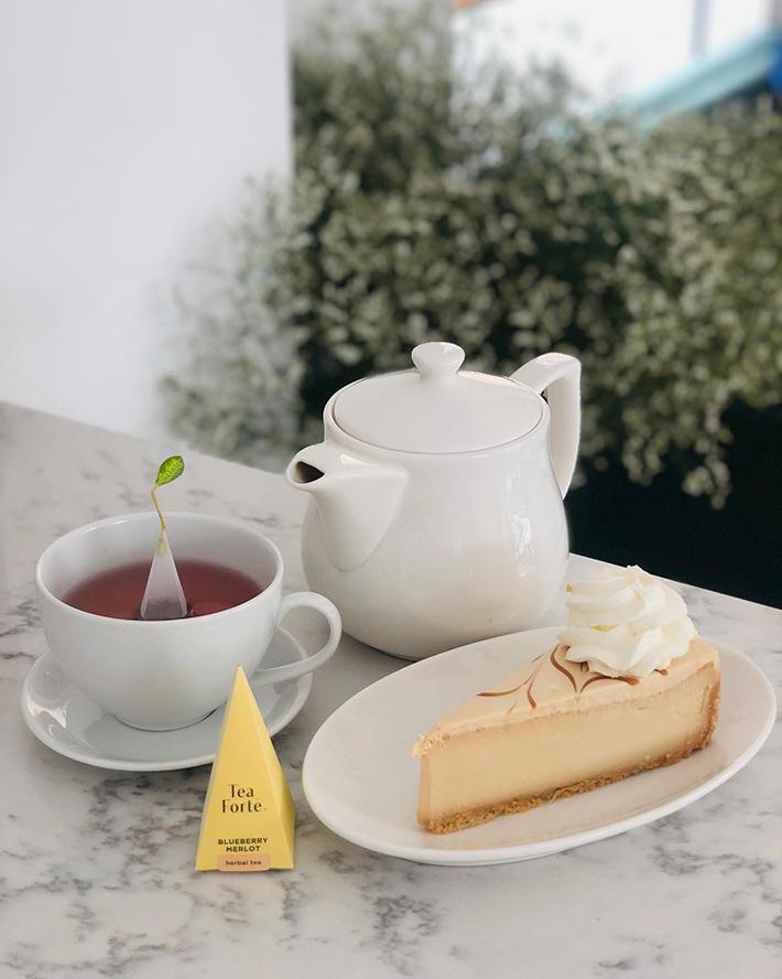 MOD Cafe Salted Caramel Cheesecake
