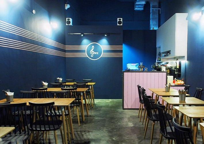 One Bar Cafe