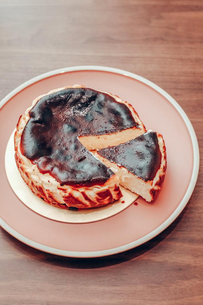 Enjoue Bakery Basque Burnt Cheesecake