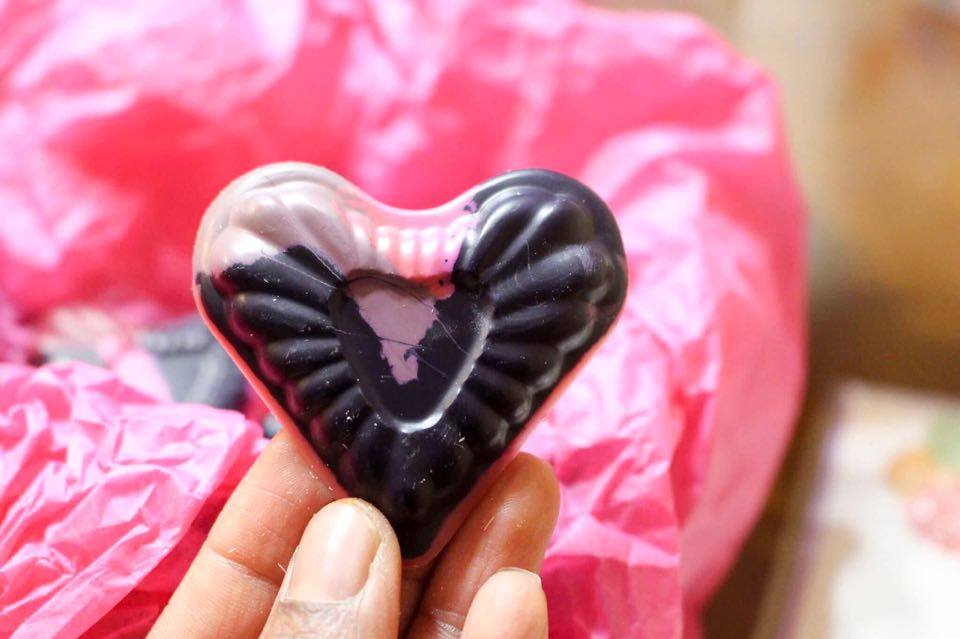DIY Valentine's Day Heart Shaped Crayons