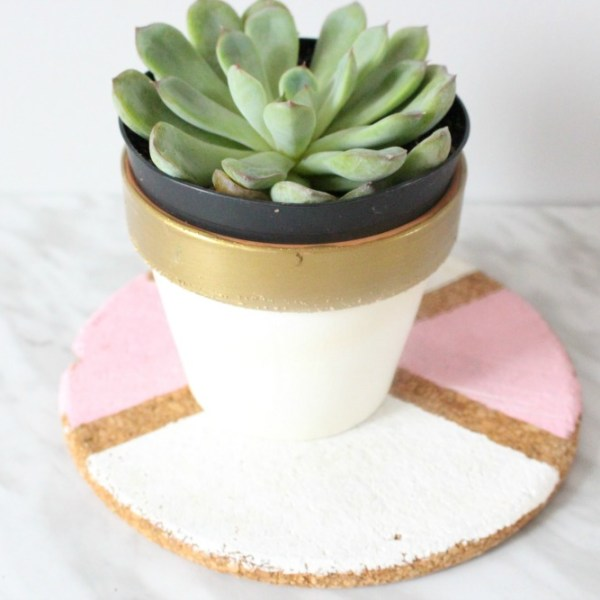 Easy DIY Pastel Cork Coasters – Home Decor Ideas
