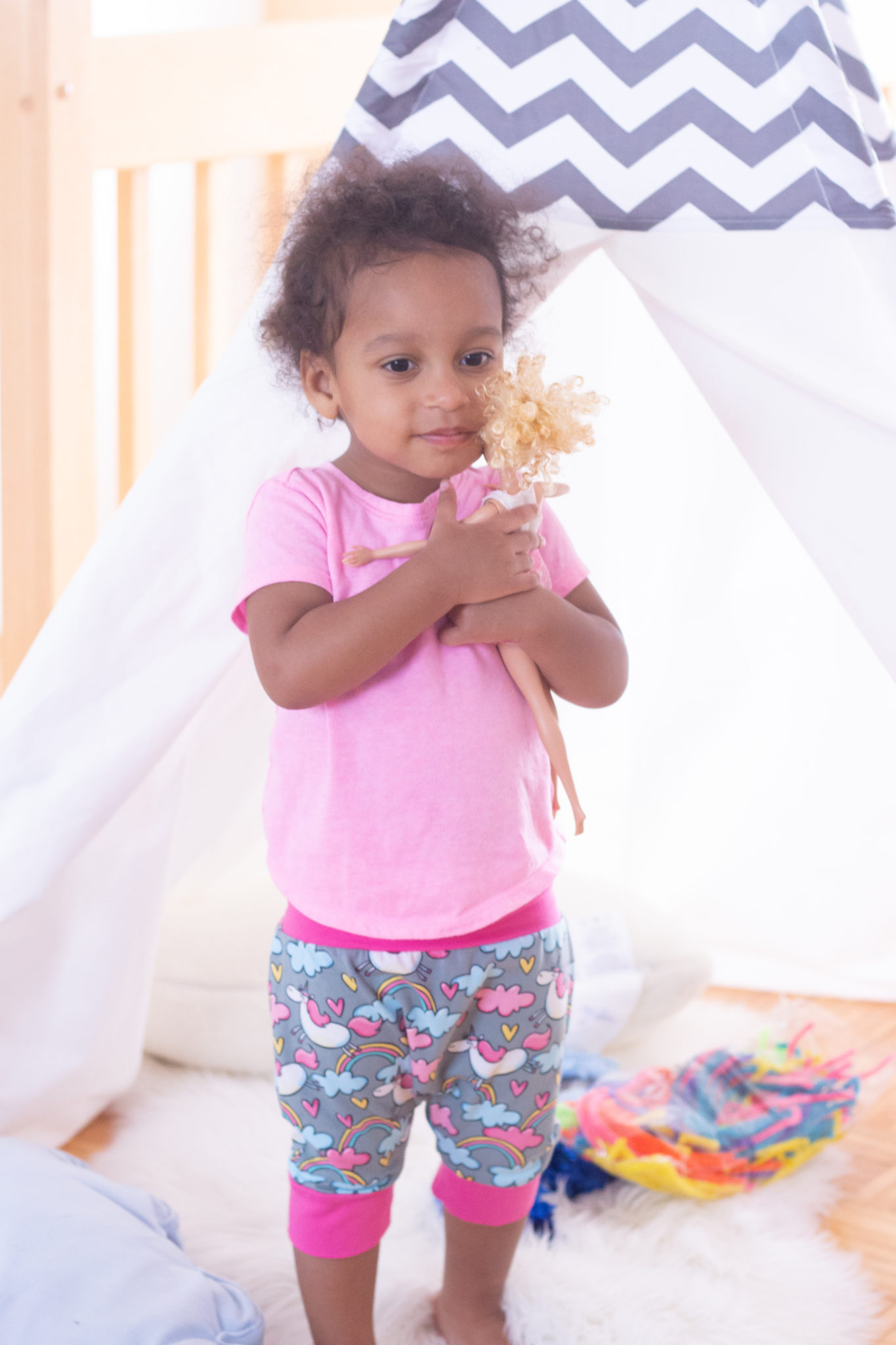 How To Encourage Independent Play In Toddlers | Philips Avent Digital Monitor