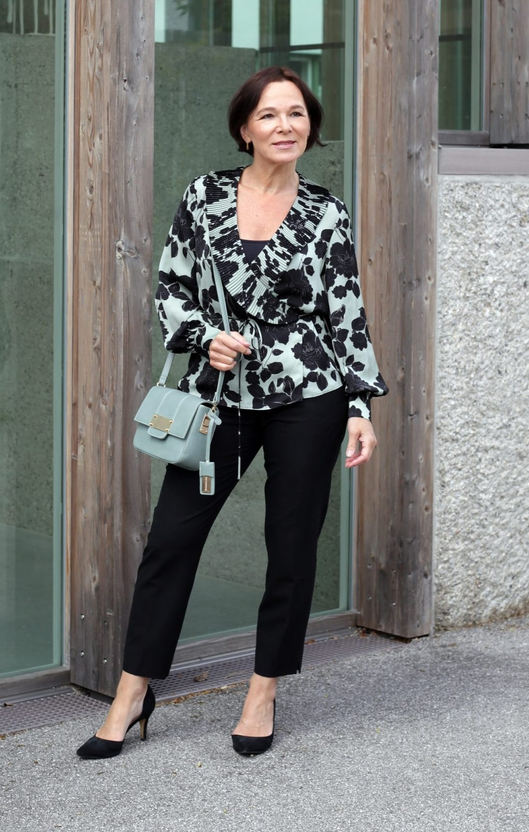 LadyofStyle Mango Floral Prints Blumenmuster Wickelbluse 50plus Blogger
