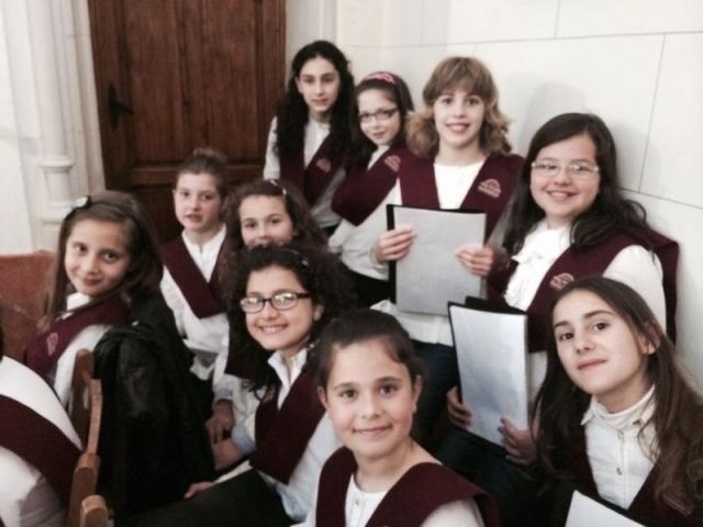 Cantamos en la Misa de la Juventud