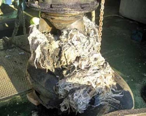 Las toallitas húmedas atascan las alcantarillas
