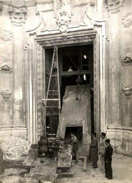 Reposición de la Puerta del Evangelio de la Catedral