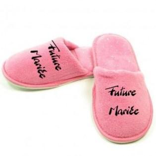 Les pantoufles future mariée