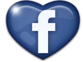Comment faire un coeur émoticône sur Facebook ?