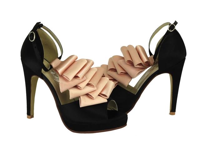 ce481014643 Chaussures sur mesure mariage - Shoes of Prey - La Fiancee du Panda blog  mariage
