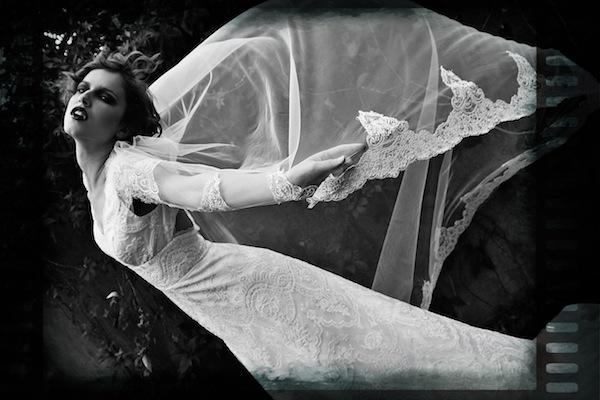 Halloween Wedding special Vampire brides - Lara Celenza - LaFianceeduPanda 24