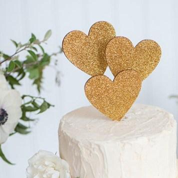 Cake-topper-coeur-paillettes-or-emilysteffen-Etsy-La-Fiancee-du-Panda-blog-Mariage-et-Lifestyle