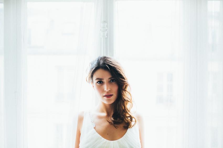 Sophie Sarfati robe de mariee creatrice a Paris - Stylisme La Fiancee du Panda - photos Yann Audic  -shooting ambiance blog mariage-9448