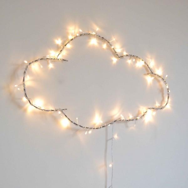 Idee deco mariage nuage guirlande lumineuse l Le repere des Belettes l La Fiancee du Panda blog mariage