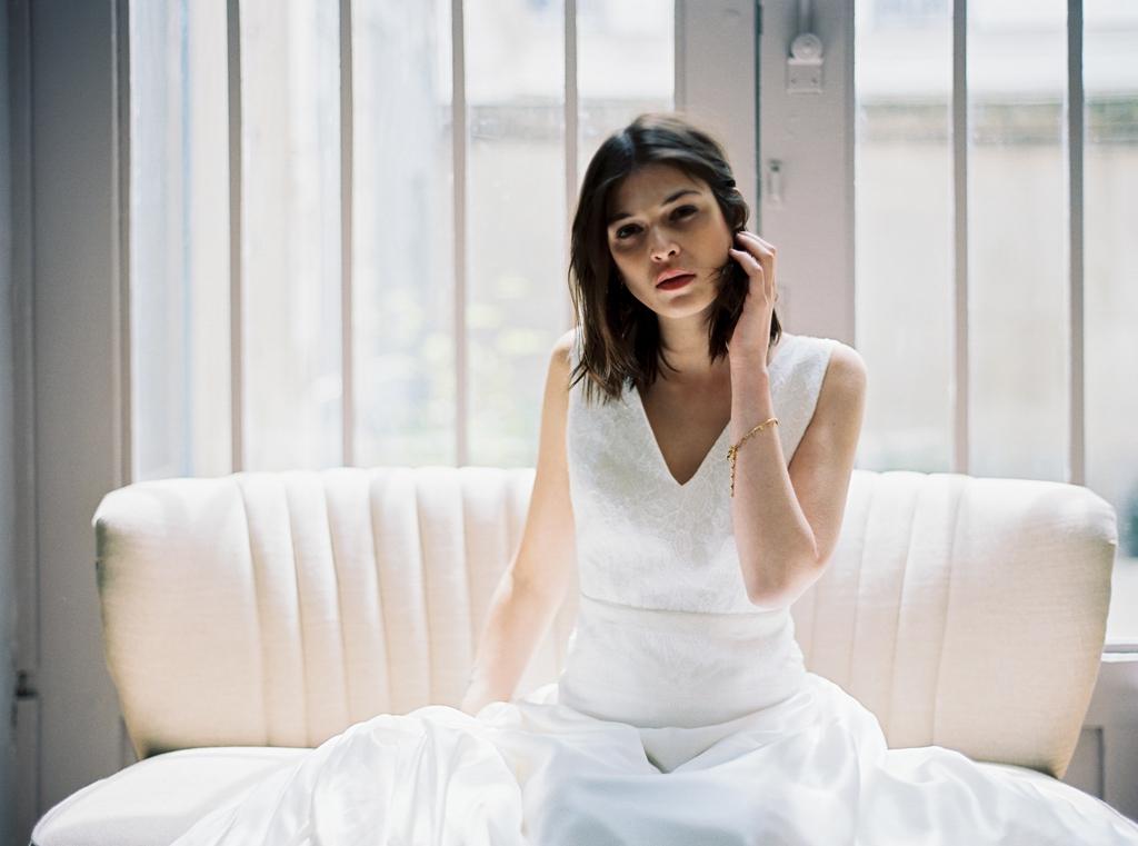 Robe de mariee sur mesure Paris Stephanie Wolff creatrice collection 2017 l Credit photo l'Artisan Photographe l La Fiancee du Panda blog mariage--16