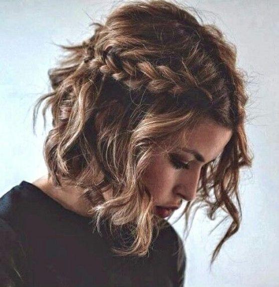 carre-coiffe et accessoiriser -avec-une-tresse