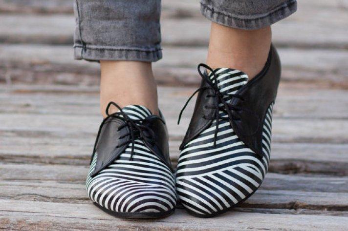 porter les chaussures plates avec style pour être belle dans votre tenue