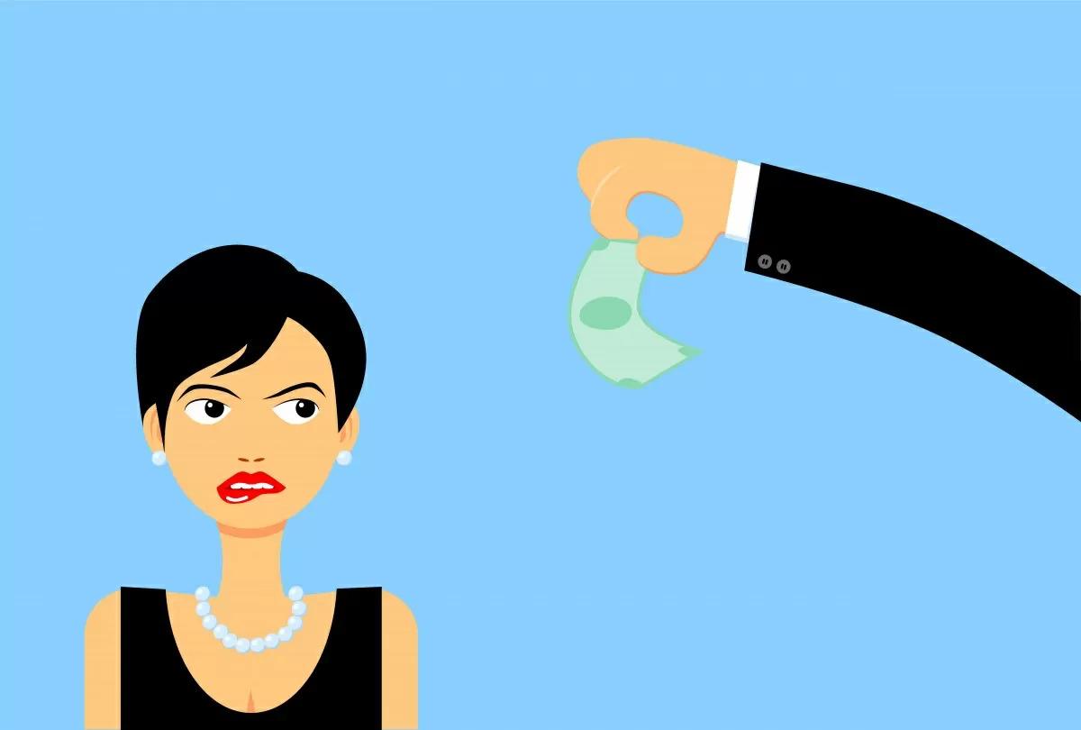 I giudici gli riducono l'assegno di mantenimento: ora deve pagare di più