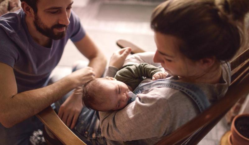 madre padre e figlio