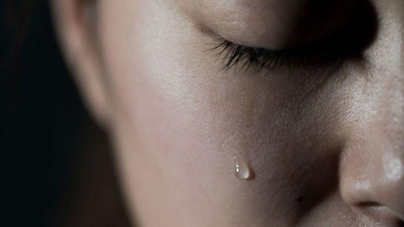 donna pianto