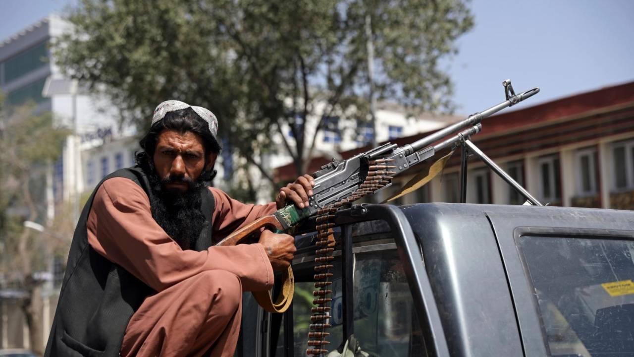 L'Afghanistan ai talebani: un inferno per uomini e donne