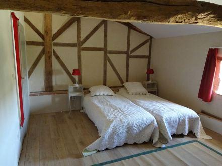 Chambre à deux lits de l'étage