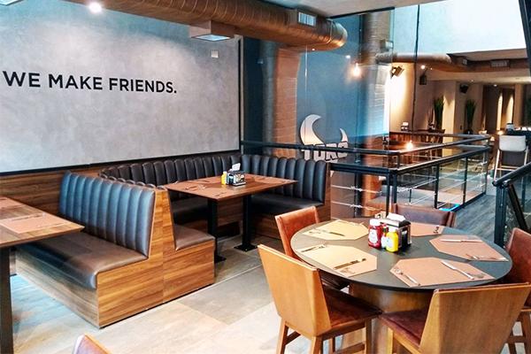 TORO Burge Lounge, la burger boutique con el premio a la 'Mejor Cheeseburger de España'., apuesta por su expansión en franquicias.