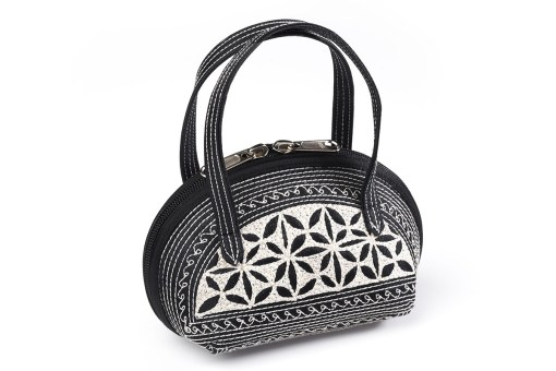 kecil handmade handbag in black and cream