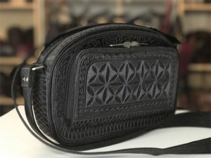 ria plus handmade cross body in black and grey