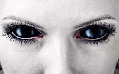 Cuida tus ojos en Halloween