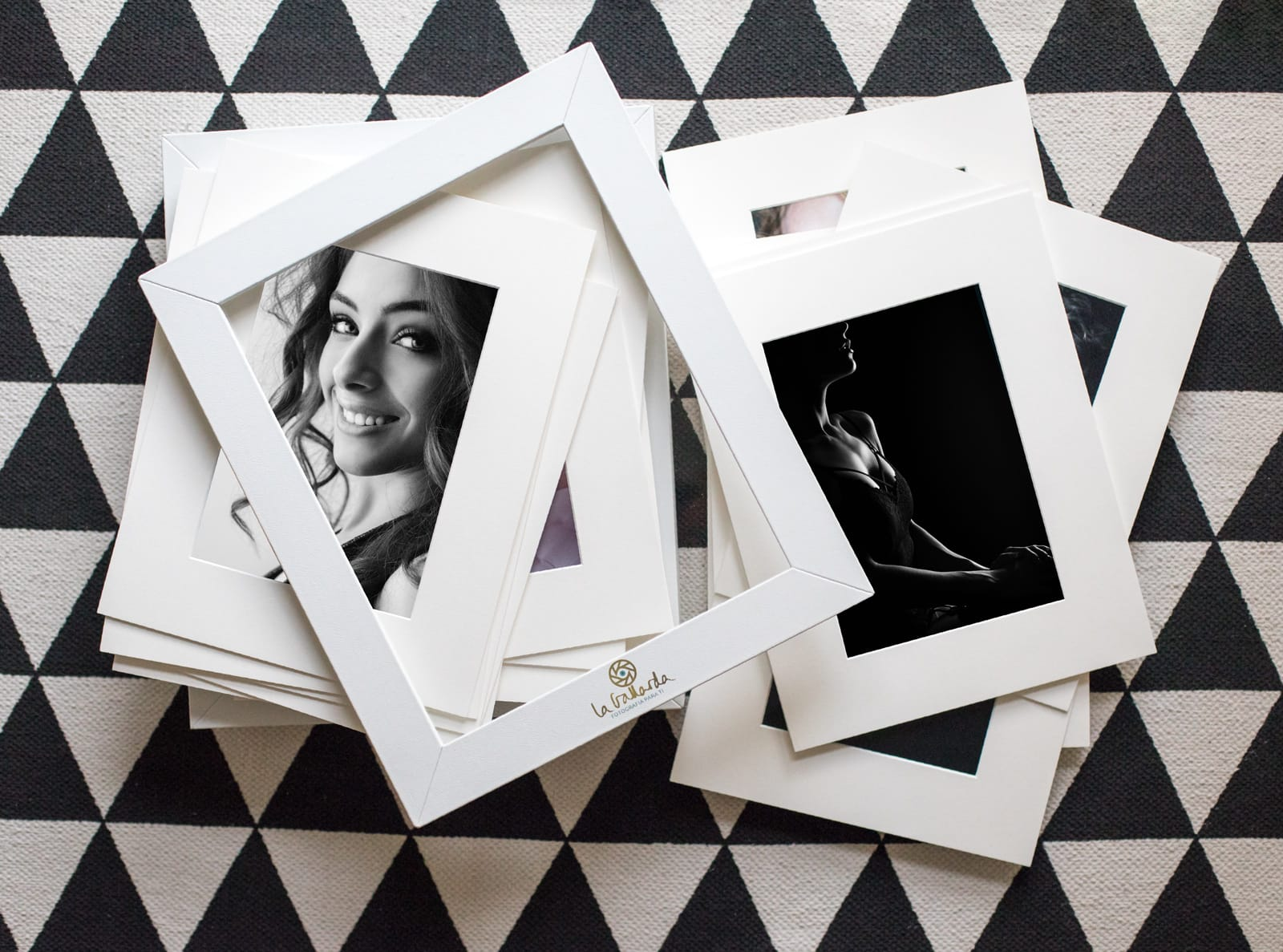 Tus fotografías Producto Nuestro Photobox La Gallarda Fotografia Profesional mejor estudio fotografico Malaga Alhaurin Marbella fotógrafo recomendado photographer fotografas retrato boudoir moda bebe familia espacios