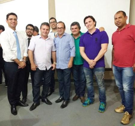 Ato reuniu líderes de diversos partidos