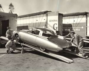 oldsmobile-golden-rocket-dream-car-concept-9