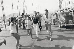 Brigitte Bardot et Sacha Distel à Saint Tropez