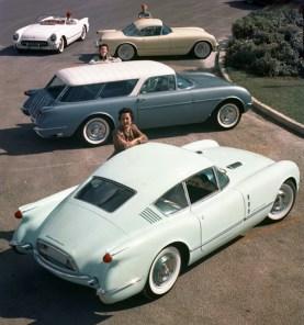 Motorama 1954 : Corvair, Nomad Wagon, et Corvette Hardtop