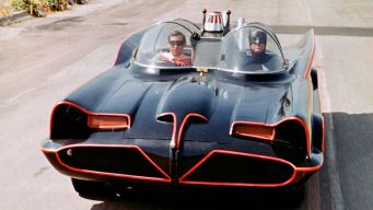 la-batmobile-dans-la-serie-batman_5459744