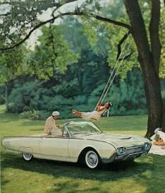 Ford Thunderbird convertible de 1961 utilisée par JFK pour sa parade