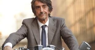 Sergio Rubini regista di Il grande spirito, in una scena di Il Mio Vicino del Piano di Sopra. Foto da Internet.