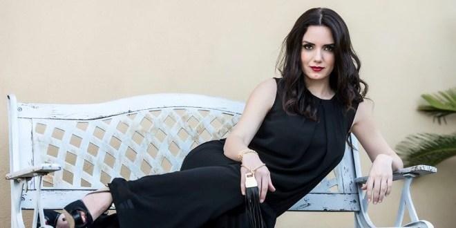 Tiziana Buldini è Sandra in Immaturi