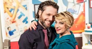 Katia Follesa e Angelo Pisani in Finchè I-Phone non ci separi in scena allo Zelig Cabaret. Foto da Ufficio Stampa