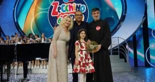 Rita Longordo con Antonella Clerici e Carlo Conti per lo Zecchino d'oro 2019