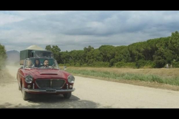 Fiat 1500S Cabriolet in una scena de L'Amica Geniale