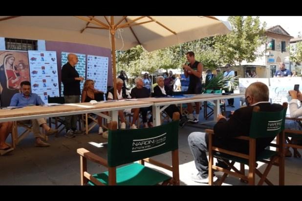 Paolo Brosio presenta Mattone del Cuore 2020