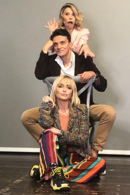 Paola Quattrini, Mauro Conte e Paola Barale in una foto da Slot