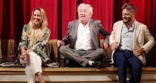 Conferenza stampa al Teatro Sannazaro della stagione teatrale 2021-22