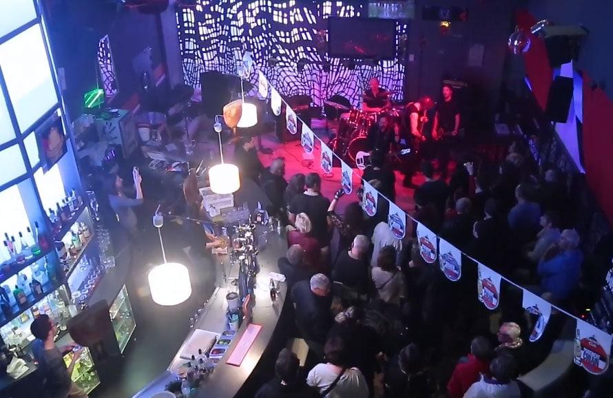 bar_bars_home